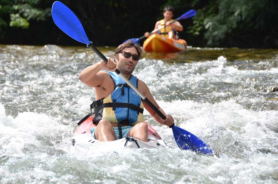 Descendiendo el sella en canoa. K2 Aventura